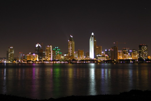 Sandiego_skyline_at_night
